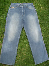 DENIM JEANS MENS Size 34 BLUE GRAIN FADE BOOT LEG ZIP FLY POINT ZERO