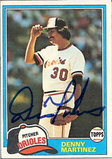 1981 Topps # 367 DENNIS MARTINEZ Autographed Card