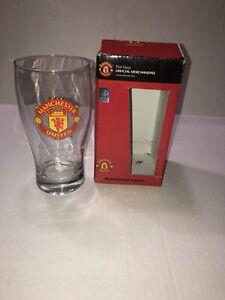 Manchester United Soccer Football Pint Glass NEW