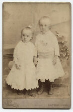 CABINET CARD YOUNG SISTERS HOLDING HANDS, SWEET. DAYTON, OHIO.