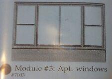 Smalltown USA HO #7003 Module #3 Apt. Windows (Plastic Parts)
