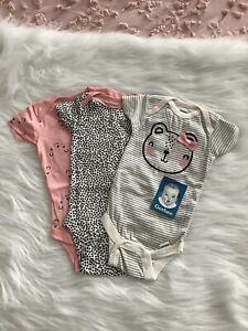 Gerber 3 Pack Girls Bear Short Sleeve Onesies 0-3 Month NEW 🌟