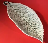 """ITALIAN LEAF DISH CANDY HAND PAINTED LARGE 14"""" GREEN WHITE VINTAGE ART POTTERY"""