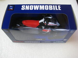 Yamaha FX Snowmobile New Ray White 1:12 Scale