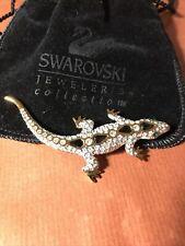 Swarovski Gold Tone Clear Crystals Gecko Lizard Brooch Pin Green Eyes Swan Logo