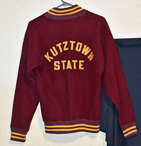 VINTAGE KUTZTOWN STATE ATHLETIC GOLDEN BEARS TEAM KNIT PULLOVER SWEATER!