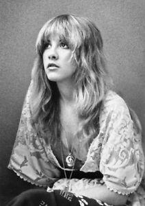 Stevie Nicks Photograph 11 x 16 - Stunning 1977 Portrait - Photo Poster Print