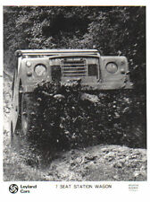 Land rover 7 places break original b/w presse photographie no 250426
