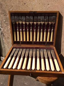 Walker & Hall Silver Plated & Bone Handles  Cutlery Set Fish Knife And Fork