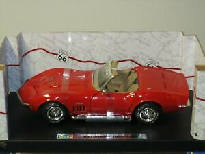 1/18 REVELL 1969 CHEVROLET CORVETTE CONVERTIBLE , RED WITH BEIGE INTERIOR , NEW