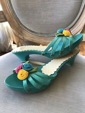 MOSCHINO Cheap and chic Sz 37, 6.5Clogs Flower Slip On Wood Heels Teal Blue Pink