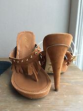 NEW BCBG girls suede heels size 7.5