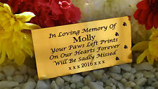 PERSONALISED ENGRAVED PET MEMORIAL PLAQUE PAWPRINTS SIDE GOLD 10X5CM (A04)