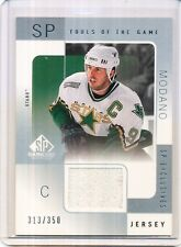 2001/02 UD SP GAME USED MIKE MODANO TOOLS OF THE GAME 313/350 MO