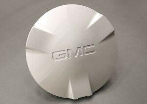 NEW OEM GM Wheel Center Cap Silver 9593389 GMC Envoy Envoy XL SLE SLT 2002-2003