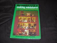 VTG 1975 CRAFTS Complete Book of Making Miniatures for Room Settings Dollhouses