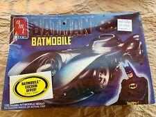 Batmobile model kit 1/25, AMT, ERTL, 1989 NIB **plus bonus assembled batmobile