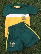 Soccer Set AUSTRALIA JERSEY & SHORTS Kids in 6 sizes New 2 Piece Set Socceroo
