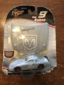 Winner's Circle Kasey Kahne #9 Dodge Hood Magnet 2005 NASCAR Diecast 1:64