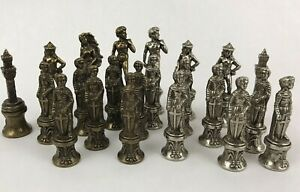 Italfama Florence Wonders Chess Replacement Pieces Lot of 22 Ital Fama