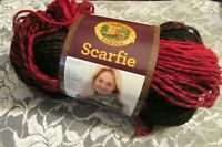 NEW LION BRAND SCARFIE Cranberry Red Black Yarn Med Acrylic Wool 150 g Turkey