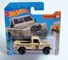 Hot Wheels Baja Blazers Land Rover Series III Pickup Desert Racer 1:64 ©2018 MOC