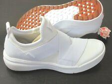 Vans Women's UltraRange Gore Knit Slip On Trail Shoes True White Size 9 NEW