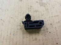 99 00 01 02 03 04 FORD F250 F350 FRAME RAIL SINGLE BRAKE LINE HOLDER CLIP