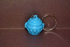 PORTE CLE KEYCHAIN CUPCAKE BLEU CLAIR CLEAR BLUE TUPPERWARE