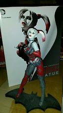 DC Collectibles Harley Quinn Arkham City Statue first edition. Suicide squad