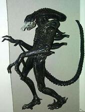NECA Aliens GENOCIDE Xenomorph Warrior Black 2-Pack Version great condition!