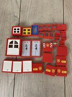 Lego lot 10 Plastic 2-D Elements Technology Panels 991338 4500588 9686 2000443