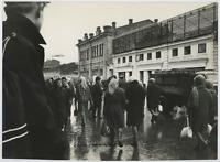 Russia, Irkutsk via Gorki Vintage  Tirage argentique  22x30  Circa 1967