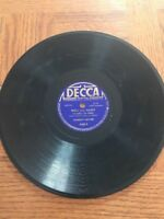Decca 2462 Andrews Sisters Beer Barrel Polka / Well All Right 78 RPM