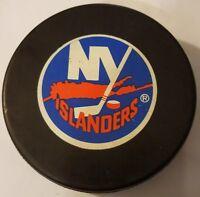 VINTAGE NEW YORK ISLANDERS HOCKEY PUCK NHL OFFICIAL CZECHOSLOVAKIA INGLASCO