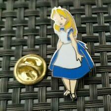 Pin's  Disney Alice au pays des merveilles