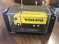 Malibu International Limited 1:87 Volvo FH12 Lorry Box Truck Yellow B98