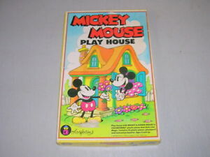 Mickey Mouse Play House Colorforms Play Set Incomplete 1980's Walt Disney