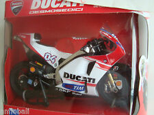 NEW MOTO MINIATURE DUCATI DESMOSEDICI A DEVIZOSIO GP 2015 N° 04 1/12 NEW RAY