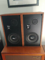 """Ohm Model E 2 Way 8"""" Speaker Pair in excellent condition"""