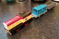 THOMAS & FRIENDS DART MOTORISED TRAIN & TRUCKS TRACKMASTER BATTERY OPERATED