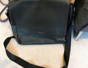 HUGO BOSS Black Leather Messenger Bag black used