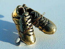 Pendentif Doré Crampons Chaussures Soulier d' Or Football Pur acier Inoxydable