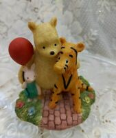 """CLASSIC POOH figurine by Border fine arts """"Piglet with balloon"""" collectable"""