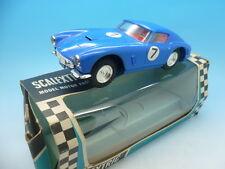 Scalextric C69 Ferrari GT sin luces en azul, menta en caja
