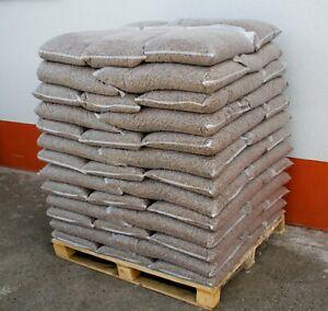 Holzpellets entsprechend DIN & EN PLUS Norm, 975 kg pro Palette je 15 kg
