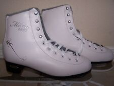 New listing Lake Placid Women's White Figure Skates Size 10 Milan 6000 Fits Sizes 10 to 11