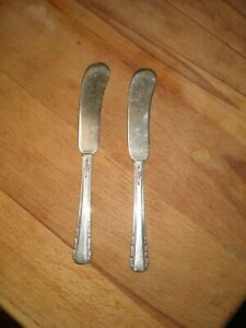 """2 Courtship Sterling Silver International Silver  5 3/4"""" Solid Butter Knives"""