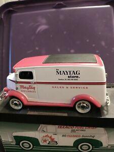 VINTAGE MAYTAG 1938 STUDEBAKER DIE CAST METAL TRUCK 1/25TH SCALE BANK