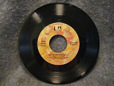 """45 RPM 7"""" Record Kenny Rogers Starting Again Love Or Something Like It UAX1210-Y"""